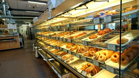bakery-in-telluride.jpg